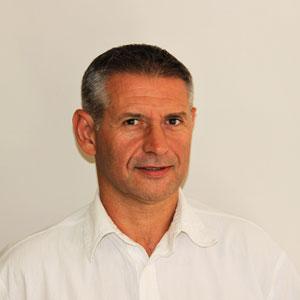 Emmanuel Bosquet d'EB FORMATION, centre de formation professionnelle continue, axé santé et sécurité au travail, à Carpentras, dans le Vaucluse.